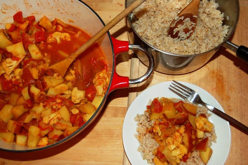 Cauliflower and Tomato Curry